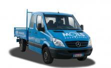 Camionnette avec benne ouverte basculante (3 voies) et attache remorque - 6 sièges - LEZ permis (cl 51)